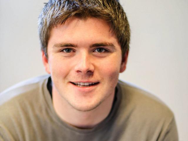 John Collison (27 tuổi).