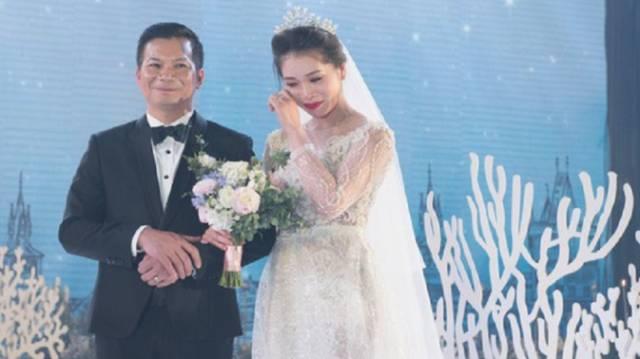 Shark Hưng cưới vợ