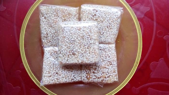 Kẹo mè xửng - tỉnh Thừa Thiên Huế