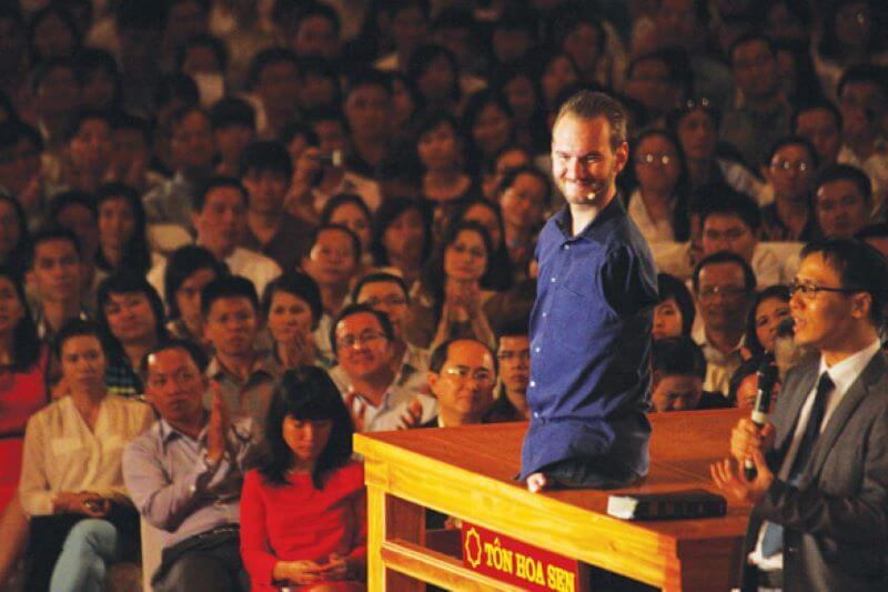 Nick Vujicic diễn thuyết ở Việt Nam